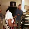 Conan O'Brien and Slash go shopping for a guitar on Craigslist.